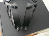 Dremel/perceuse, pistolet à colle, lime + guide câble neutrik